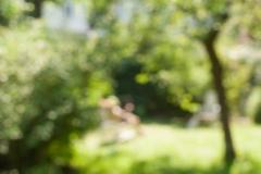 Lisa im Garten